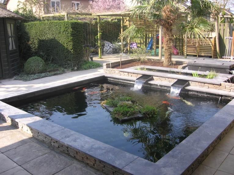 bassin 1 kunststofvijver