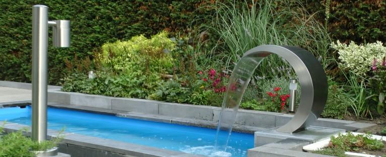 Voorgevormde vijver prefab vijver kunststofvijver for Goedkope voorgevormde vijver